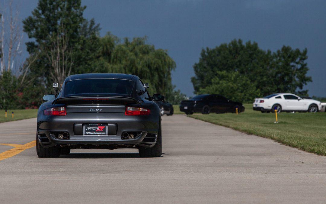 Alpha 10 Porsche 997 Turbo VS Aventador & Z06