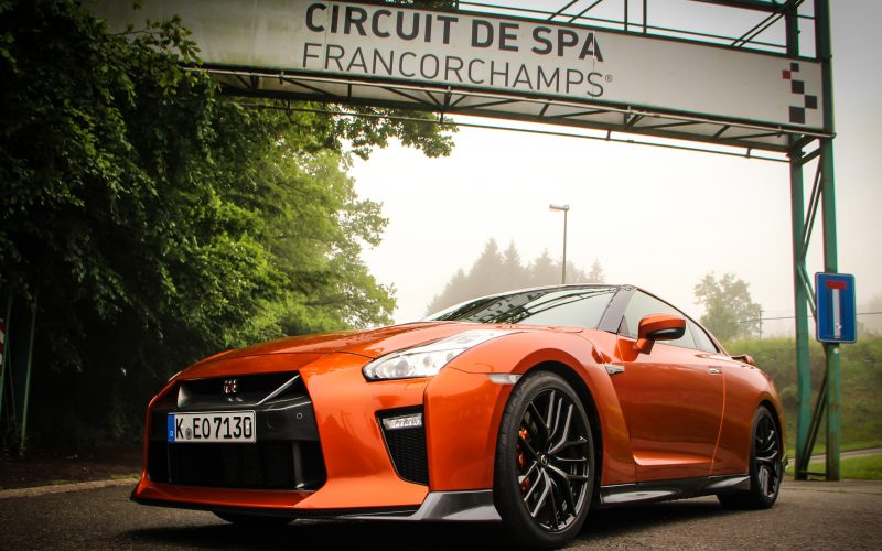 AMS Tests The New 2017 GT-R On The Autobahn & At Spa Circuit