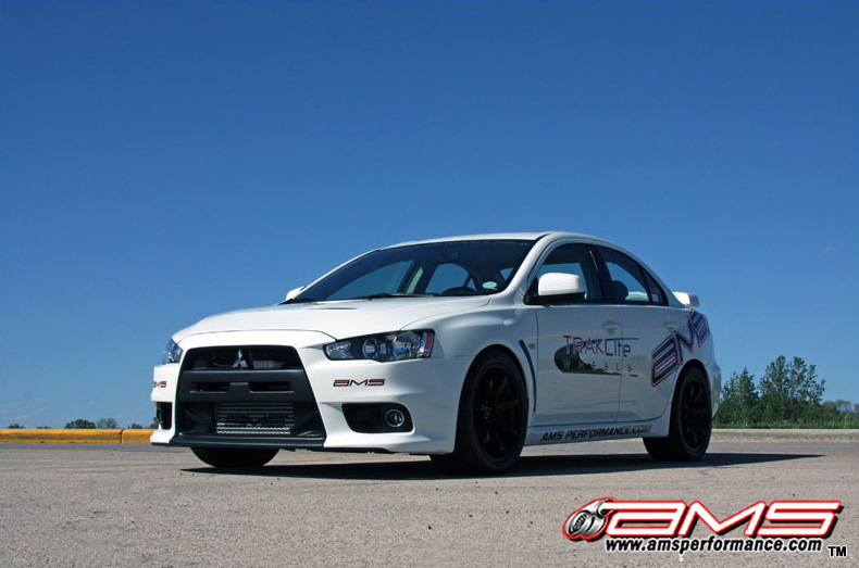ams_performance_white_evo_x_800x533_2