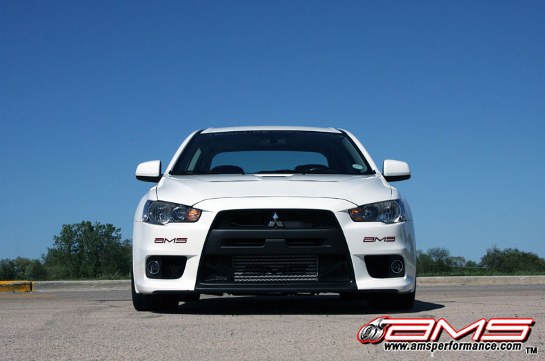 ams_performance_white_evo_x_800x533_3
