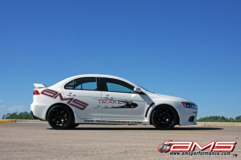 ams_performance_white_evo_x_800x533_6