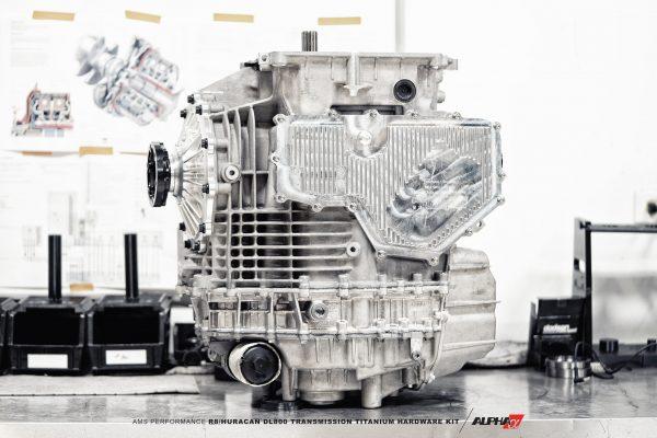 Dl800-Ti-Bolt-Kit-3.jpg